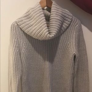 Banana Republic Chunky Cowl Neck Gray Sweater